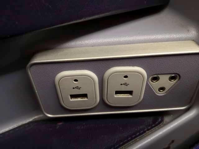 タイ航空USBポート