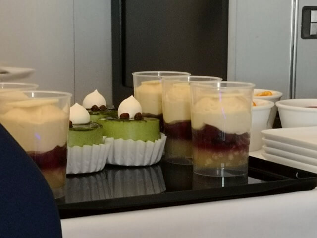 ANAビジネスクラス機内食デザート