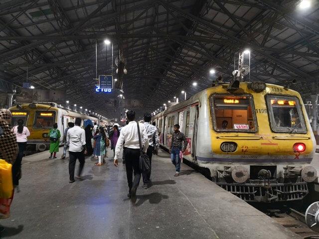 ムンバイのチャーチゲート駅