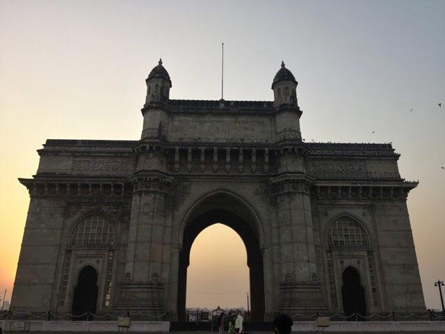 ムンバイインド門逆光撮影