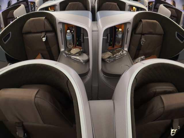 シンガポール航空787-10ビジネスクラスシート4